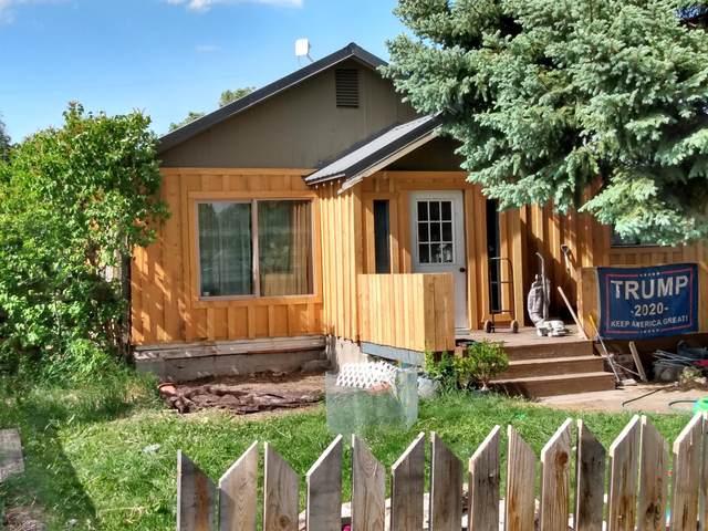 390 E A Street, Burns, OR 97720 (MLS #220125043) :: Keller Williams Realty Central Oregon