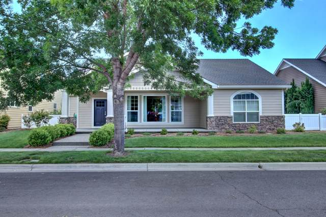1126 Steamboat Drive, Central Point, OR 97502 (MLS #220125067) :: FORD REAL ESTATE