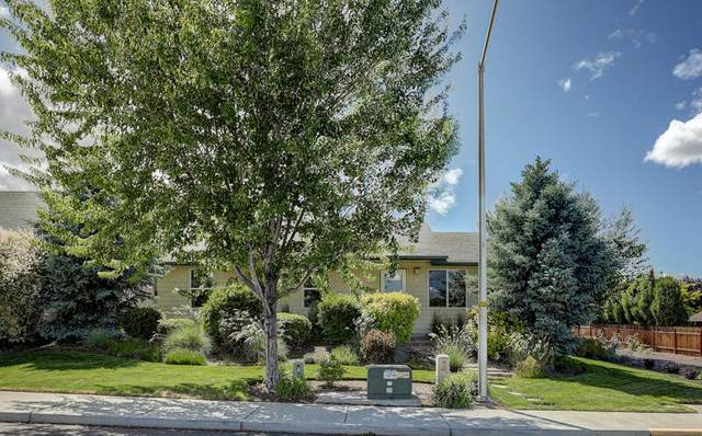 2835 SW 31st Street, Redmond, OR 97756 (MLS #220125072) :: Coldwell Banker Sun Country Realty, Inc.