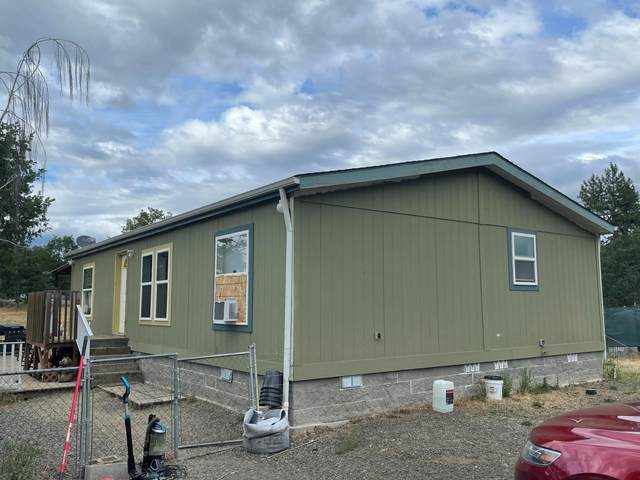 11740 Meadows Road, Central Point, OR 97502 (MLS #220125101) :: FORD REAL ESTATE