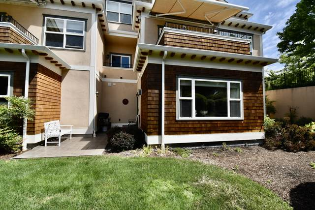 618 Fair Oaks Court, Ashland, OR 97520 (MLS #220125126) :: Coldwell Banker Sun Country Realty, Inc.