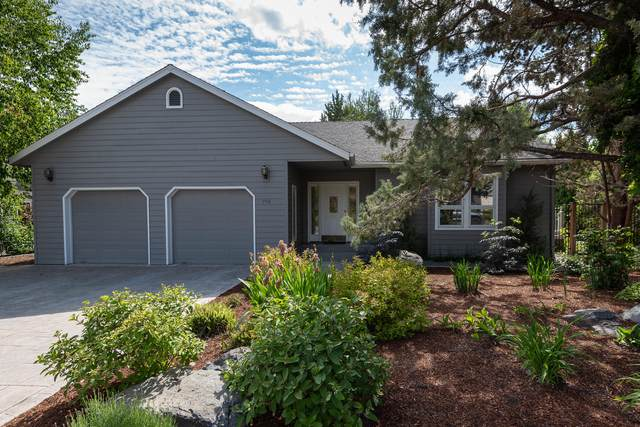 998 NE Francis Court, Bend, OR 97701 (MLS #220125142) :: Coldwell Banker Sun Country Realty, Inc.