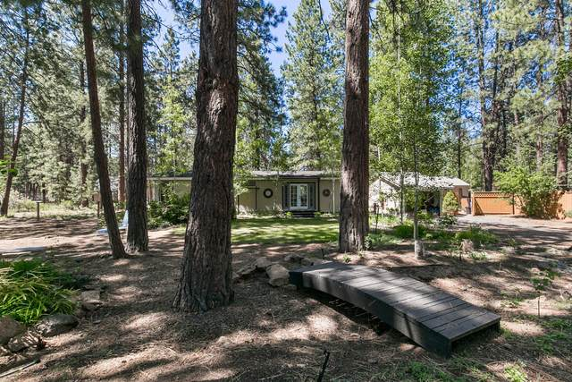 19270 Apache Road, Bend, OR 97702 (MLS #220125161) :: The Riley Group