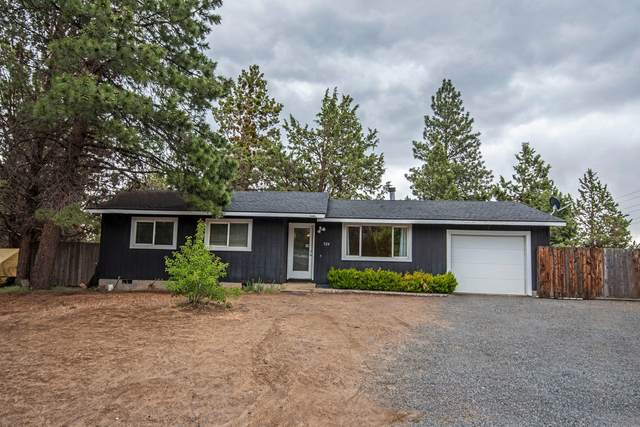 924 SE Polaris Court, Bend, OR 97702 (MLS #220125168) :: The Riley Group