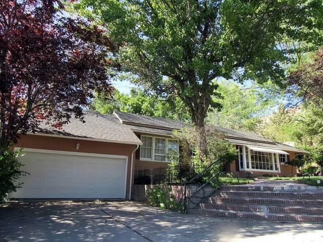 2045 Leroy Street, Klamath Falls, OR 97601 (MLS #220125195) :: Coldwell Banker Bain