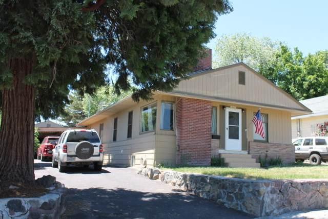 1318 Johnson Avenue, Klamath Falls, OR 97601 (MLS #220125217) :: Chris Scott, Central Oregon Valley Brokers