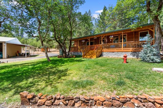 8980 Butte Falls Highway, Eagle Point, OR 97524 (MLS #220125223) :: Coldwell Banker Bain