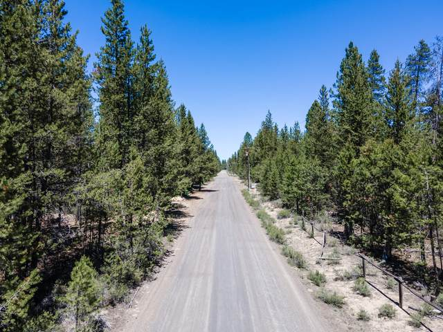 51264 Riverland Avenue, La Pine, OR 97739 (MLS #220125235) :: The Ladd Group
