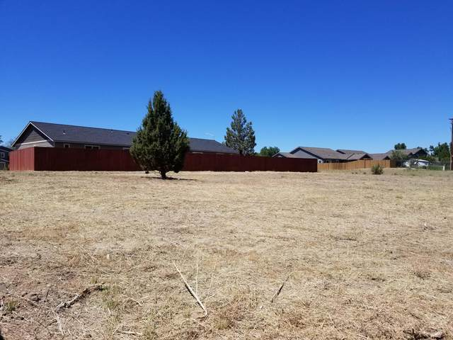 Lot 14 NE Colleen Street, Prineville, OR 97754 (MLS #220125241) :: Coldwell Banker Bain