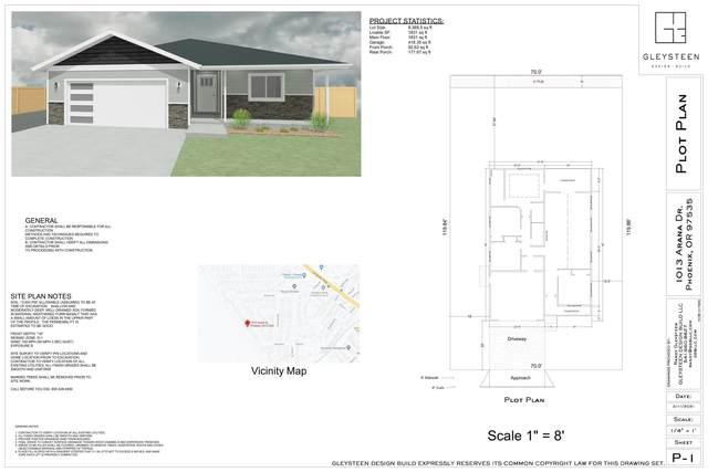 1013 Arana Drive, Phoenix, OR 97535 (MLS #220125266) :: Chris Scott, Central Oregon Valley Brokers