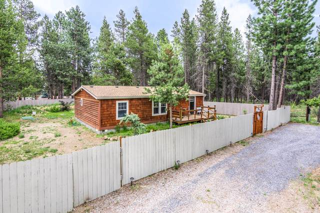 56532 Solar Drive, Bend, OR 97707 (MLS #220125277) :: Schaake Capital Group
