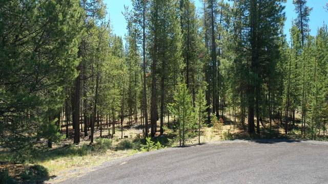54812 Pine Crest Road, Bend, OR 97707 (MLS #220125289) :: The Ladd Group
