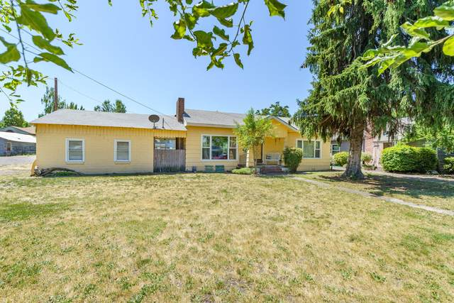 1212-1220 Morrow Road, Medford, OR 97504 (MLS #220125299) :: Chris Scott, Central Oregon Valley Brokers