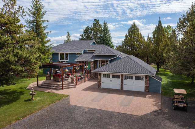 21954 Bear Creek Road, Bend, OR 97701 (MLS #220125313) :: Berkshire Hathaway HomeServices Northwest Real Estate