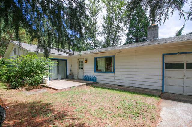 794 Hamlin Drive, Canyonville, OR 97417 (MLS #220125346) :: FORD REAL ESTATE