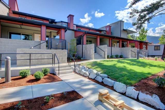 67 S Mountain Avenue, Ashland, OR 97520 (MLS #220125361) :: Coldwell Banker Bain