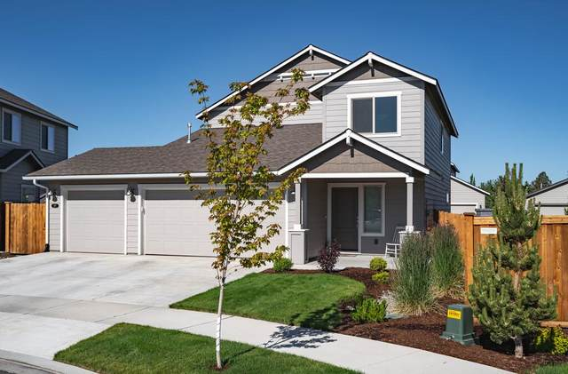 597 NW 26th Street, Redmond, OR 97756 (MLS #220125388) :: Arends Realty Group