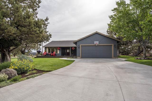 2796 SW Bentwood Drive, Redmond, OR 97756 (MLS #220125400) :: Arends Realty Group