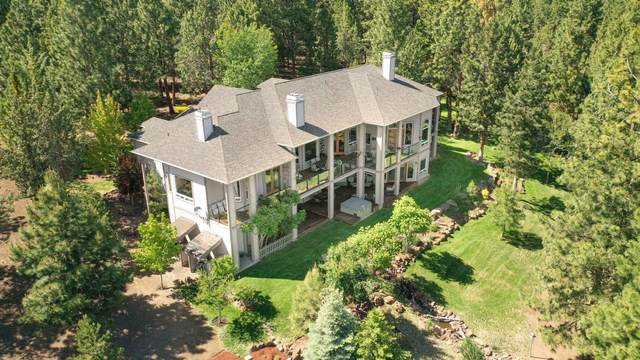 68926 Bay Place, Sisters, OR 97759 (MLS #220125454) :: Arends Realty Group