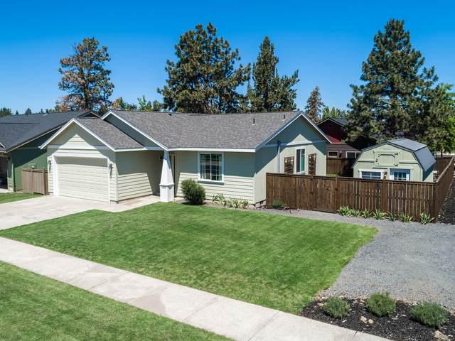 20578 Basket Flower Place, Bend, OR 97702 (MLS #220125469) :: Fred Real Estate Group of Central Oregon