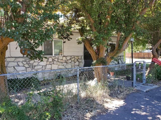 4334 Austin Street, Klamath Falls, OR 97603 (MLS #220125504) :: Bend Relo at Fred Real Estate Group