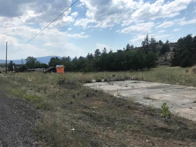 5395 Highway 66, Klamath Falls, OR 97601 (MLS #220125527) :: Coldwell Banker Bain