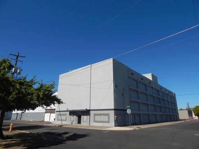 327 S Fir Street, Medford, OR 97501 (MLS #220125552) :: Coldwell Banker Bain