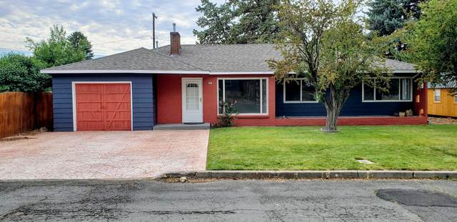 26 SE 16th Street, Madras, OR 97741 (MLS #220125566) :: Coldwell Banker Bain