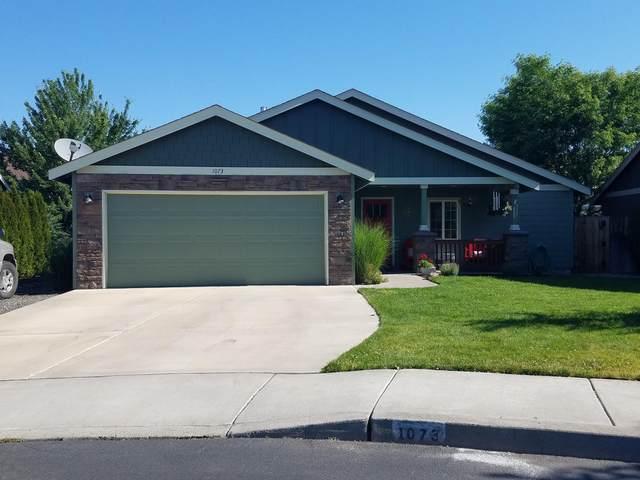1073 NW Redwood Place, Redmond, OR 97756 (MLS #220125584) :: Stellar Realty Northwest
