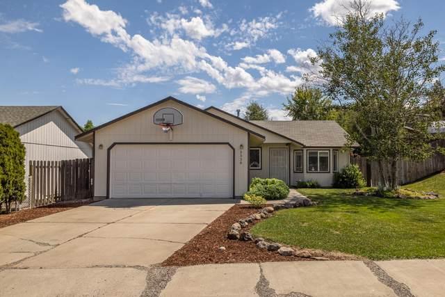 3338 SW Salmon Avenue, Redmond, OR 97756 (MLS #220125600) :: Stellar Realty Northwest