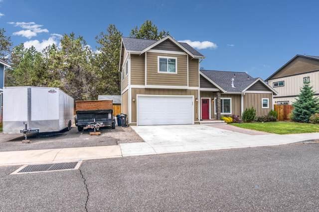 61345 Larry Street, Bend, OR 97702 (MLS #220125618) :: Stellar Realty Northwest