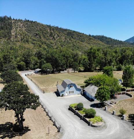 2912 Foots Creek Right Fork Road, Gold Hill, OR 97525 (MLS #220125624) :: Stellar Realty Northwest