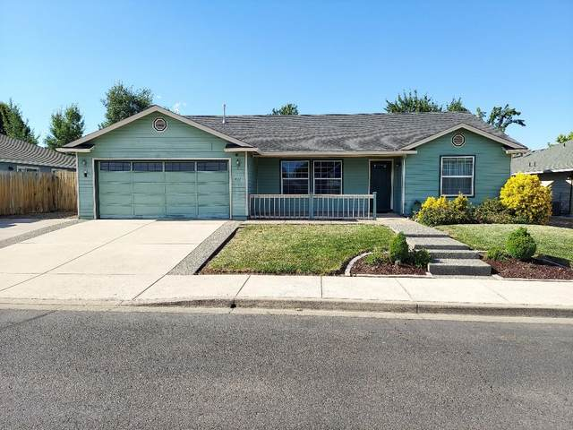 412 Merlee Circle, Eagle Point, OR 97524 (MLS #220125665) :: The Riley Group