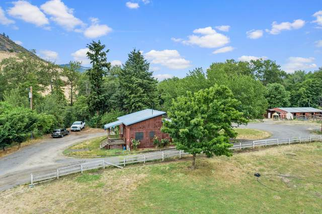 4399 Highway 66, Ashland, OR 97520 (MLS #220125675) :: The Riley Group