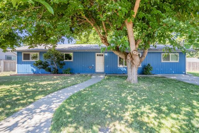 1110 SW Juniper Drive, Grants Pass, OR 97526 (MLS #220125680) :: The Riley Group