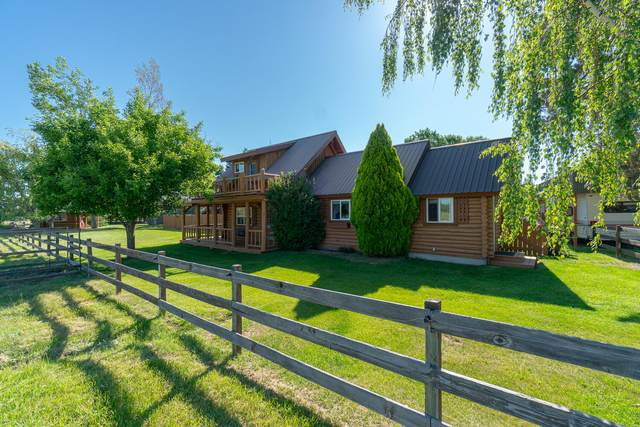 6415 SW 67th Street, Redmond, OR 97756 (MLS #220125687) :: The Riley Group