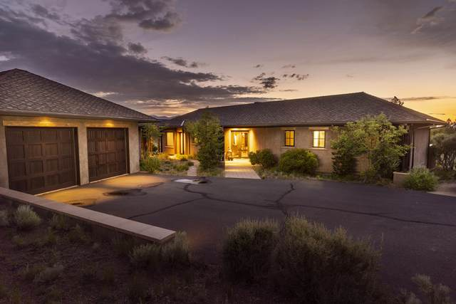 18979 Park Commons Drive, Bend, OR 97703 (MLS #220125745) :: Fred Real Estate Group of Central Oregon