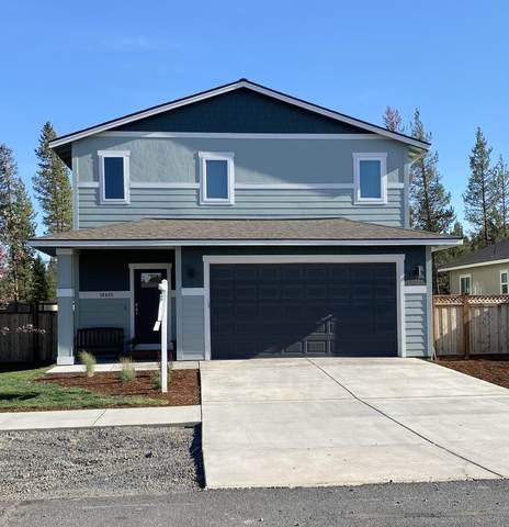 16435 Bassett Road, La Pine, OR 97739 (MLS #220125836) :: Fred Real Estate Group of Central Oregon