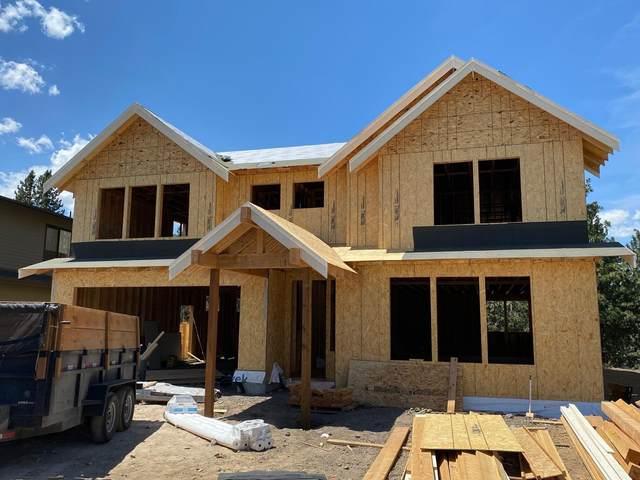 61019 SE Crane Peak Court, Bend, OR 97702 (MLS #220125865) :: Bend Homes Now