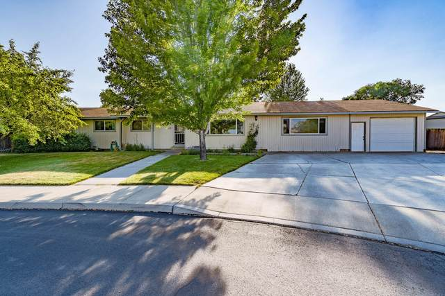 1445 NW 19th Court, Redmond, OR 97756 (MLS #220125921) :: The Ladd Group