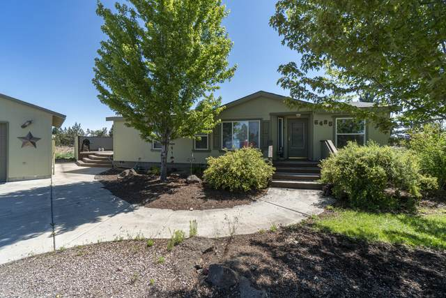 6485 S Highway 97, Redmond, OR 97756 (MLS #220125965) :: The Ladd Group