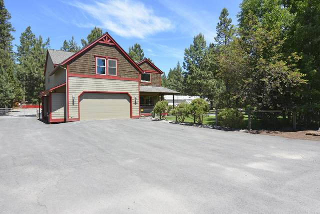16856 Downey Road, Bend, OR 97707 (MLS #220125972) :: The Bifano Home Team
