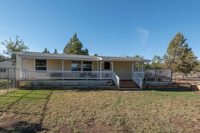 5484 NW 62nd Street, Redmond, OR 97756 (MLS #220125997) :: The Ladd Group