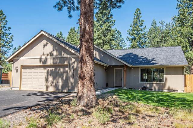60287 Cheyenne Road, Bend, OR 97702 (MLS #220126008) :: Bend Relo at Fred Real Estate Group