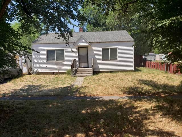 2204 Gettle Street, Klamath Falls, OR 97603 (MLS #220126124) :: Vianet Realty