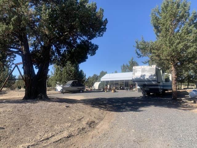 5138 SW Quail Place, Culver, OR 97734 (MLS #220126165) :: Team Birtola | High Desert Realty