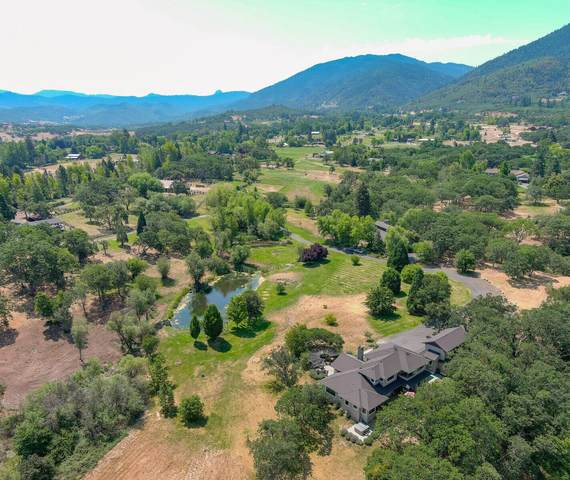 4880 Hwy 66, Ashland, OR 97520 (MLS #220126255) :: Bend Relo at Fred Real Estate Group