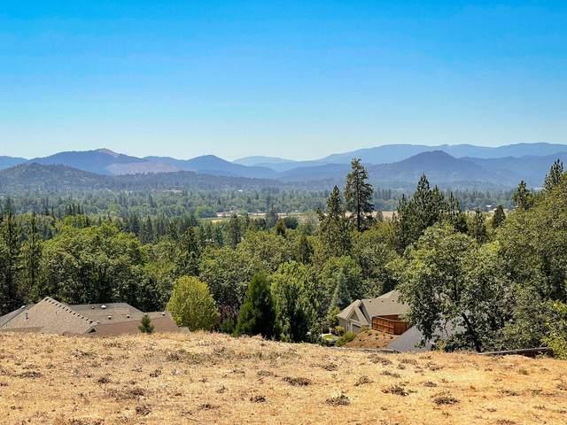 166 NW Native Run Loop, Grants Pass, OR 97526 (MLS #220126256) :: Berkshire Hathaway HomeServices Northwest Real Estate