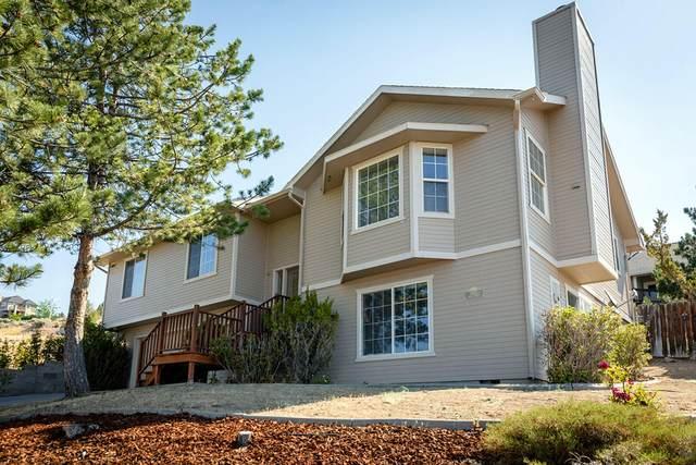 1535 Mar Street, Klamath Falls, OR 97601 (MLS #220126313) :: Team Birtola   High Desert Realty