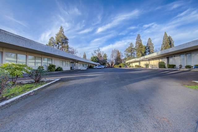 825 E Main Street, Medford, OR 97504 (MLS #220126389) :: Chris Scott, Central Oregon Valley Brokers